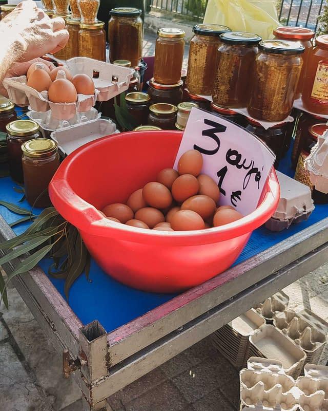 fresh eggs 3 for one euro