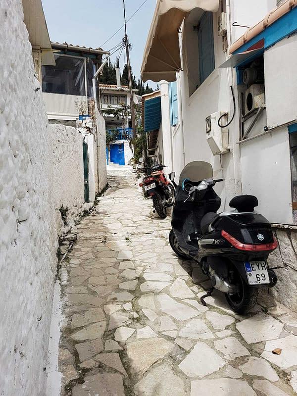 old stone buildings in lefkada