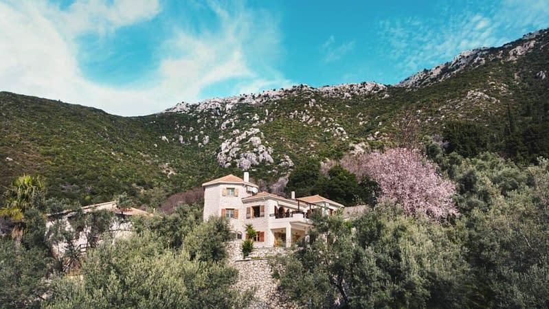 Beautiful Villa for Sale in Vournikas, Lefkada Island, Greece