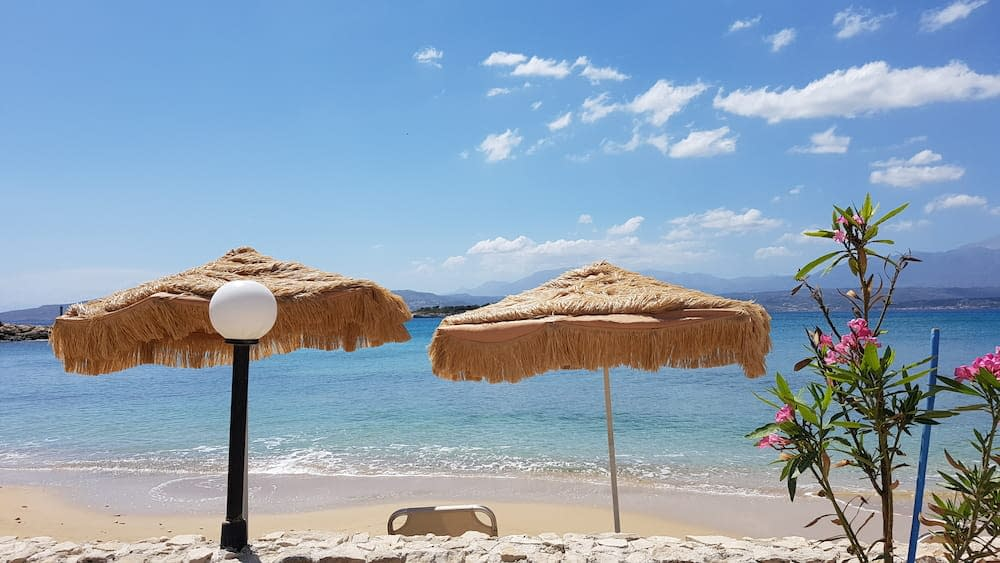 living in greece as foreigners