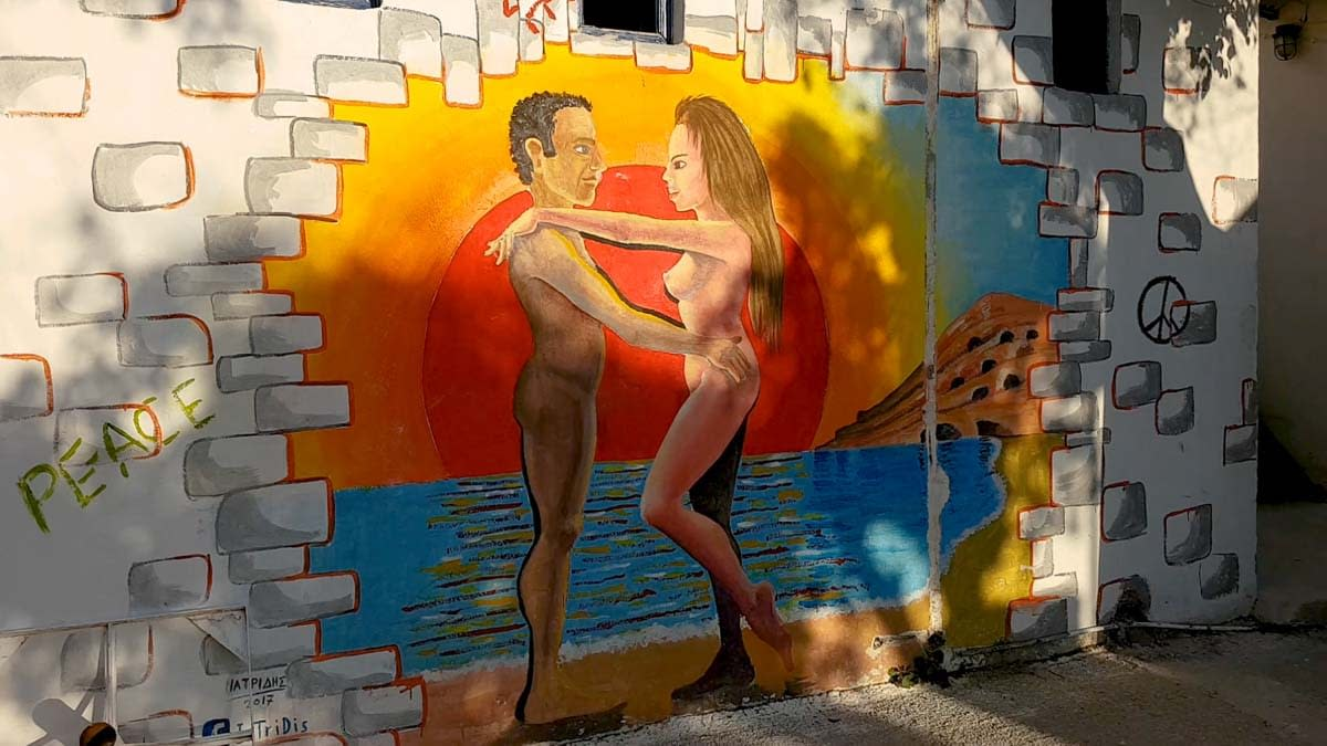 wall painting-in-matala-naked-man-and-woman-on-the-beach